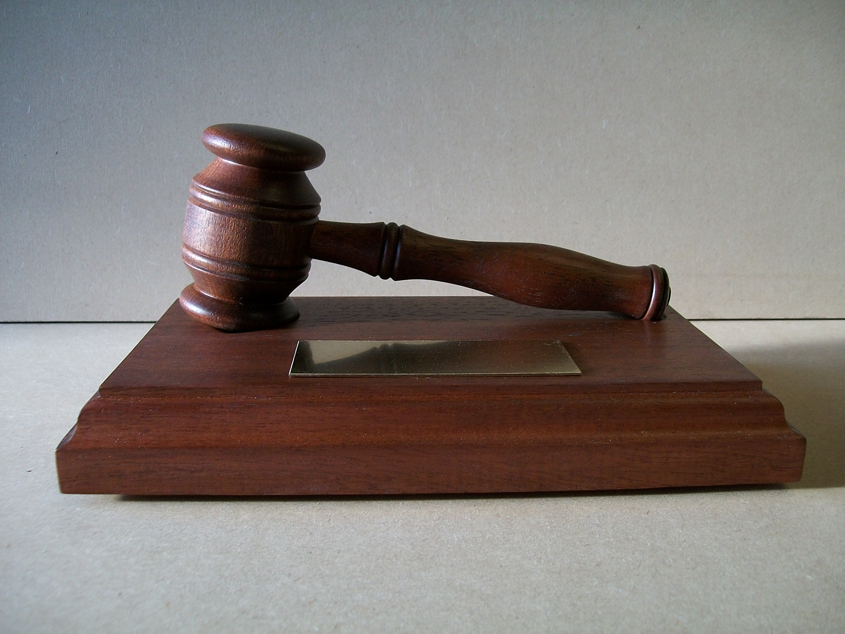 gavel, auctioneers gavel , chairmans gavel , chairpersons gavel , mahogany, award, gift, hand carved, woodturning, hand made, bespoke, gift,